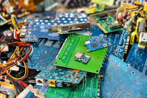 e-scrap-electronic-recycling-components